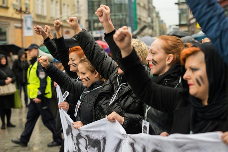 Polonia se manifiesta contra el proyecto de ley del aborto